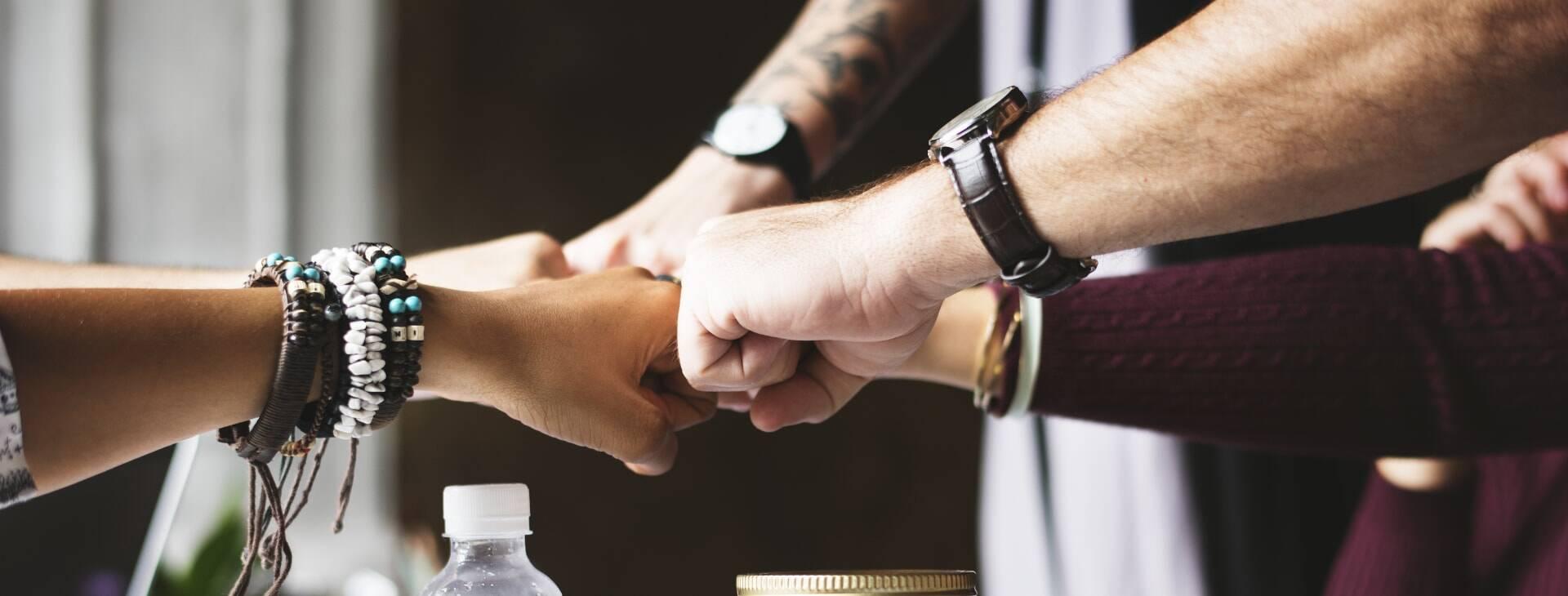 Acuerdos con fabricantes